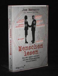 Read more about the article Menschen lesen